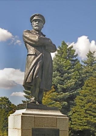Edward John Smith statue, Titanic